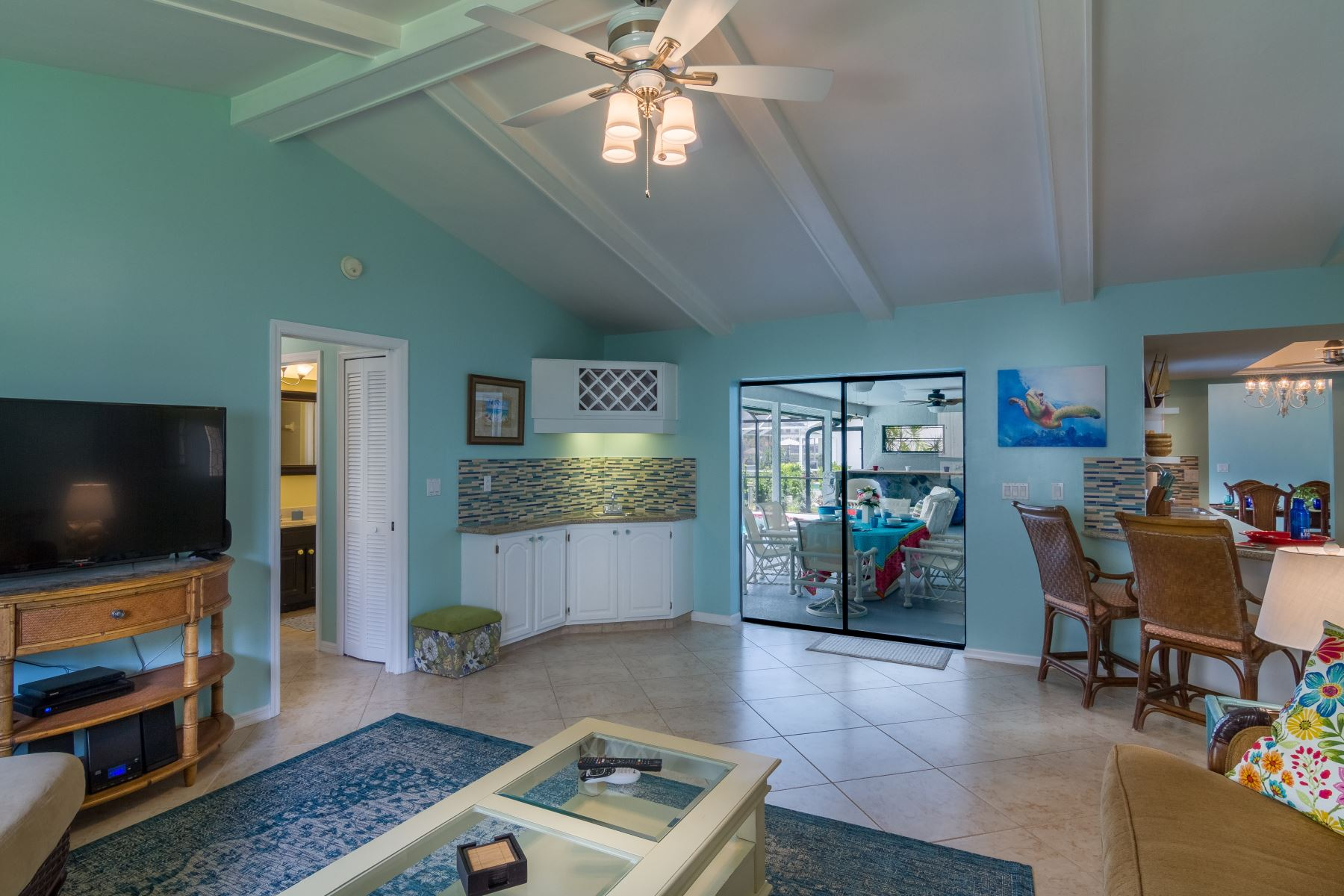 We Offer Professional Interior Decorating Services For New Construction Homes Purchases Or If You Would Like To Redecorate Your Existing Home